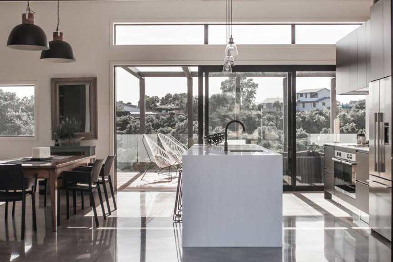 Rowson Kitchens white