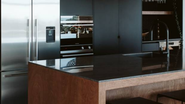 rowson kitchen black
